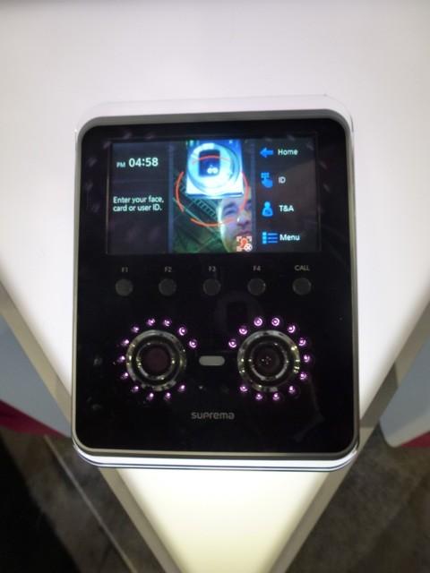 BioEntry W Xpass Slim by Suprema, ISC West 2012